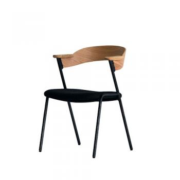 この掛けやすさは発明です。 / a.depech danis short arm chair NT-CMB